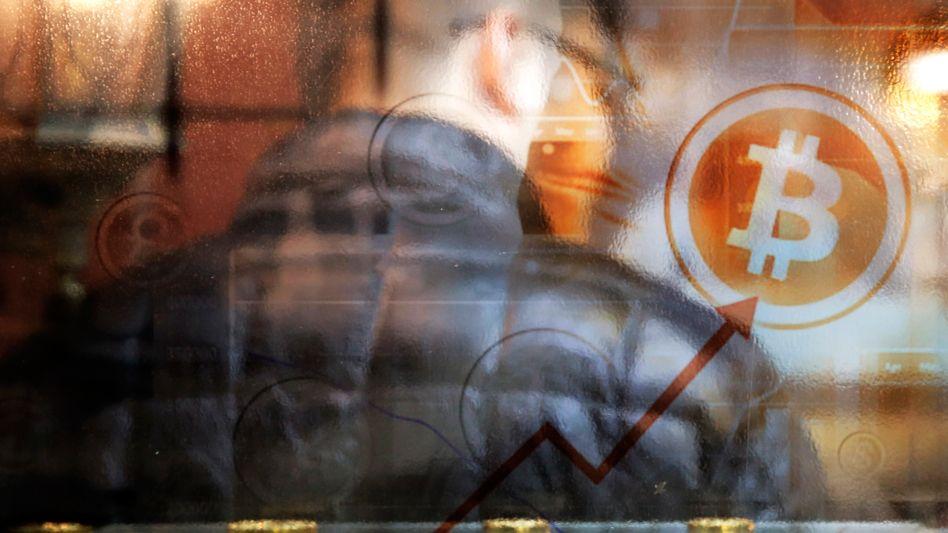 Bitcoin: Die Digitalwährung hat seit Mitte November 40 Prozent ihres Wertes verloren