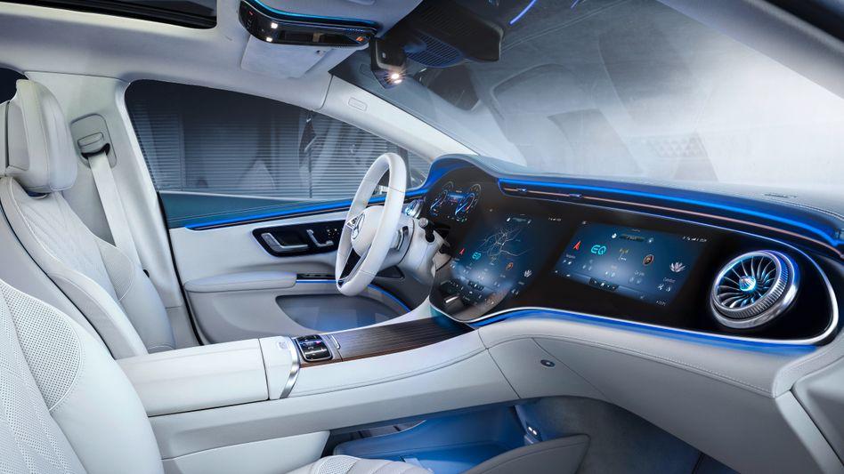Innenansicht des Mercedes EQS: Je größer die Autos, desto zahlreicher die Ausstattungsvarianten