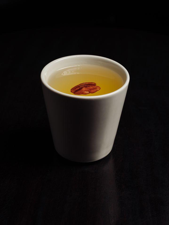 Der Risgrøt, ein Whisky-Kräuterbitter-Sherry-Mix, ist reichhaltig, süß und stark.