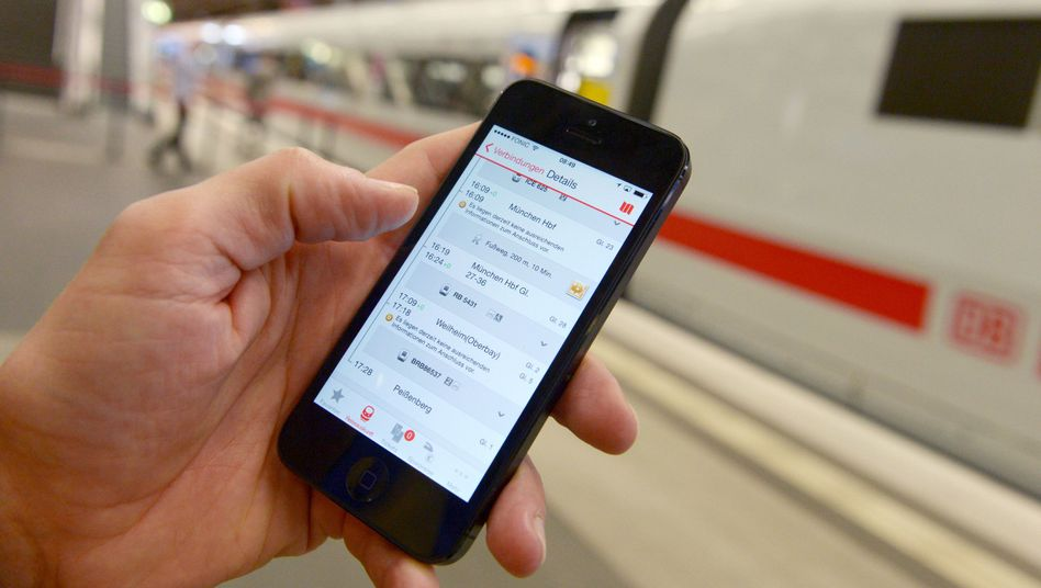 Smartphone: Die Fahrplan-App gibt es - nur im Zug funktioniert sie mangels Internetverbindung oft nicht