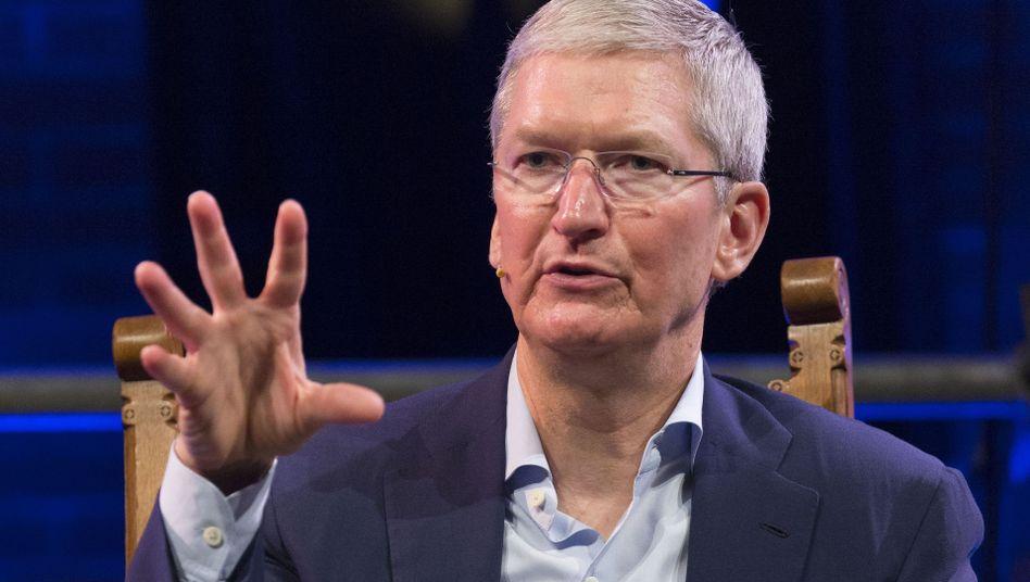 Apple-Chef Tim Cook weiß, was er seinen Aktionären schuldig ist. Die Dividende soll erneut steigen und die Aktienrückkäufe auch