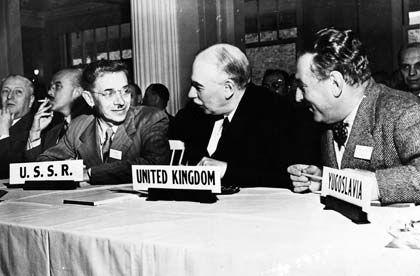 Bretton Woods: Große Krise, aber große Chancen ergriffen (rechts im Bild John Maynard Keynes)
