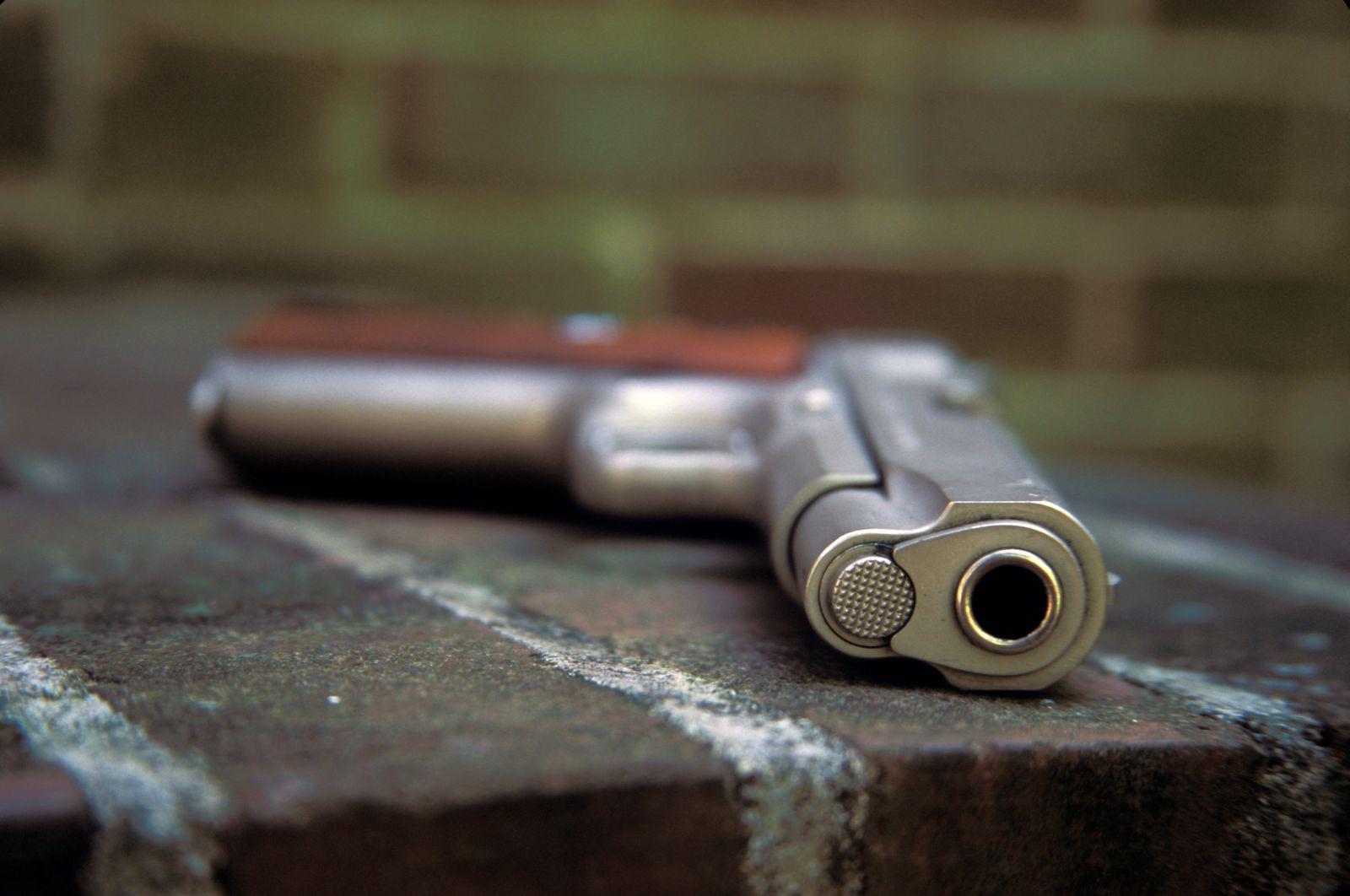 Colt .38 - Super Combat Commander Handgun