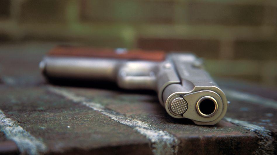 Colt 38er Stubsnase: In den USA hat man Spaß an solchen Sachen. Sollte Colt seine Schulden-Gnadenfrist bis Mitte Juni jedoch nicht nutzen, könnte Konkurrent Smith & Wesson zugreifen und den Waffenhersteller übernehmen