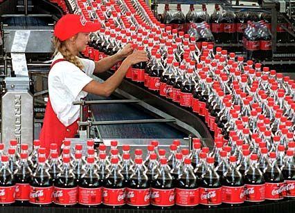 Dem Supersommer 2003 sei Dank: Getränkemarken verbuchten ein Umsatzplus von 2 Prozent.