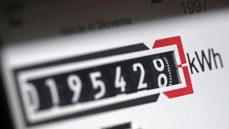 Stromzähler: Im März ist der durchschnittliche Strompreis den siebten Monat in Folge gestiegen