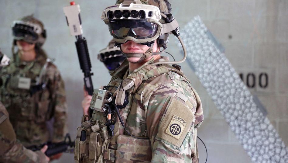 Erweiterte Realität auch im Feld: Microsoft stattet die US-Armee künftig mit Daten-Headsets auf Basis seiner Hololens aus