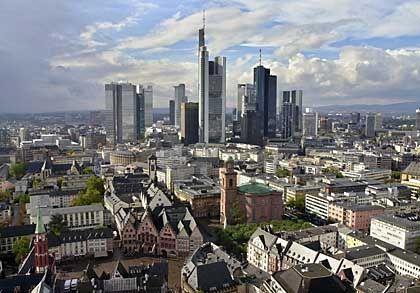 Frankfurt statt Berlin: Steinbrück hielt seine Grundsatzrede in der Finanzmetropole