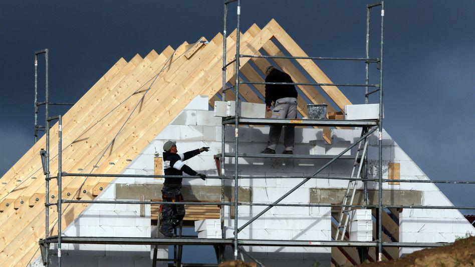 Eigenheim: Mit 1500 Euro Nettoeinkommen die eigenen vier Wände finanzieren - das funktioniert nur in wenigen Regionen