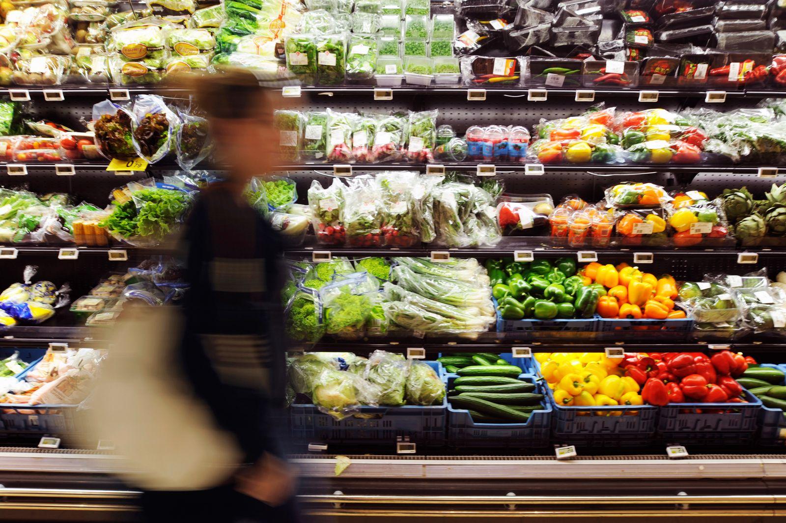 Lebensmittel / Supermarkt / Preis / preisschilder / Preisschild / Preise / Inflation / Euro-Zone