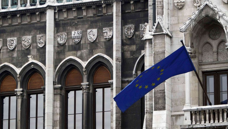 "Parlament in Budapest: ""Finanzangriff gegen Ungarn"""