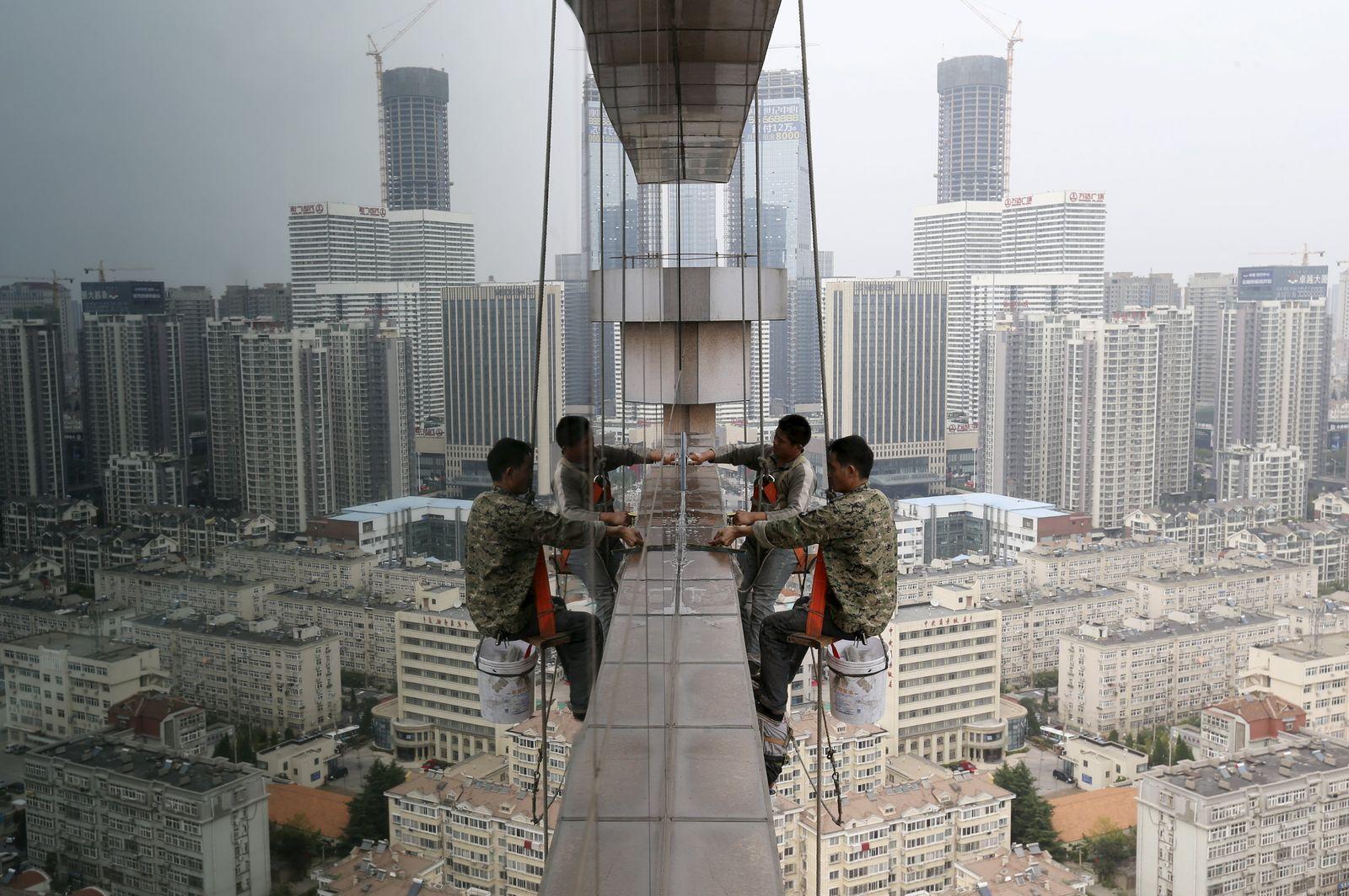 CHINA-ECONOMY/DATA