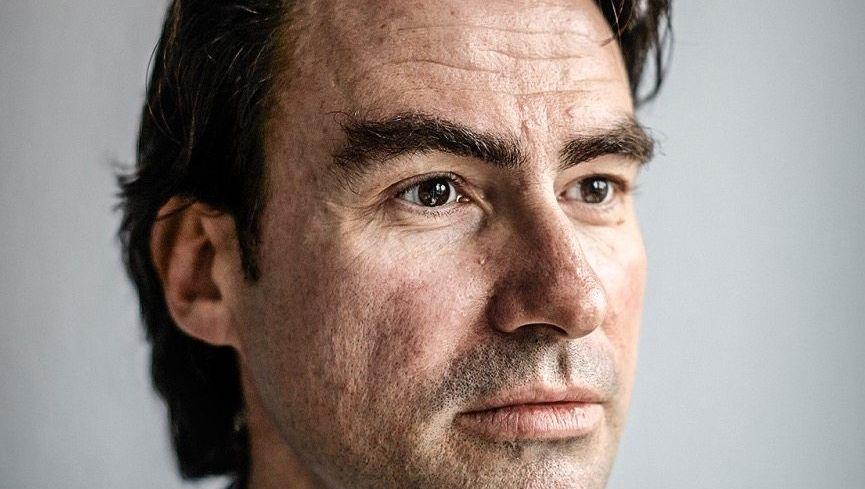 Papierstau: Vorstandschef Christoph Bauer soll sechs Tageszeitungen für die Verlegerfamilie DuMont verkaufen