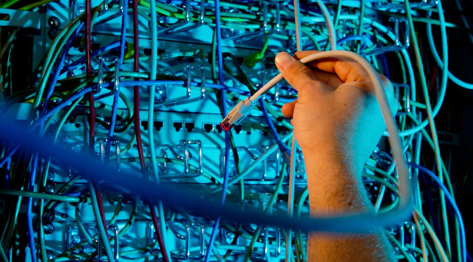 Breitbandversorgung / Breitband / Internet / Netzwerkkabel