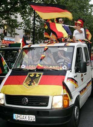 Trotz WM-Taumel: Bei vielen Deutschen kommt das Heimatland nicht sonderlich gut weg