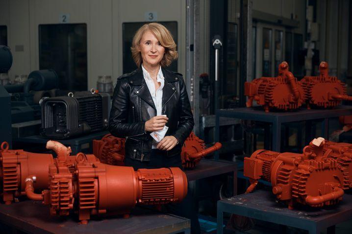 """""""Das setzen wir durch – und zwar kompromisslos"""": Unternehmerin Ayla Busch bei einem unserer Fotoshootings"""