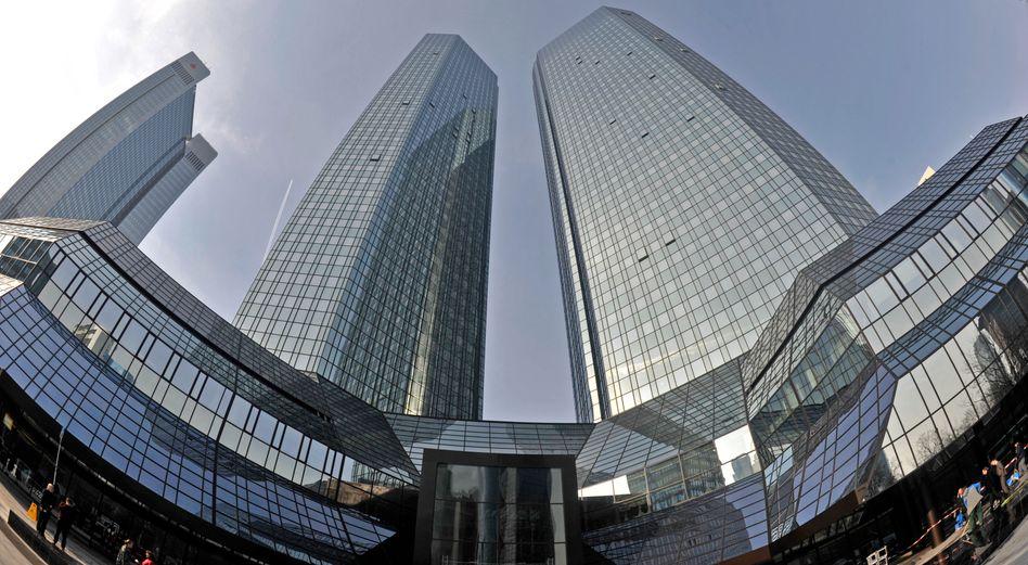 Die Zwillingstürme in Frankfurt am Main: Nach umfassender Sanierung wird die Zentrale der Deutschen Bank wieder offiziell eröffnet