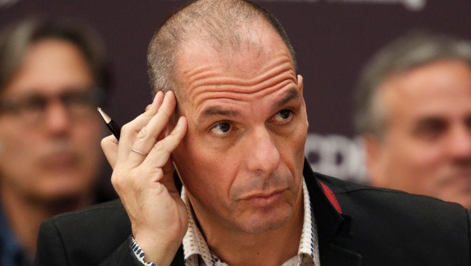 Yanis Varoufakis: Jeder Tag, den der Finanzminister durch seine Tricks und seine permanenten Wechsel des Spielfeldes gewinnt, macht die Austrittsbarrieren für Angela Merkel größer und einen großzügigen bis vollständigen Schuldenerlass wahrscheinlicher