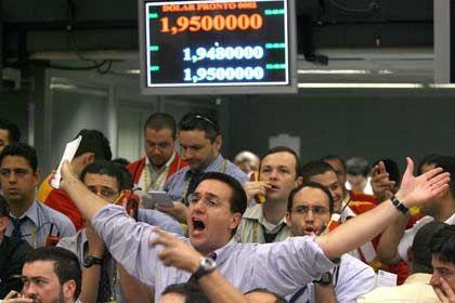 Kursmakler in São Paulo: Die Kreditkrise erschüttert die Märkte weltweit