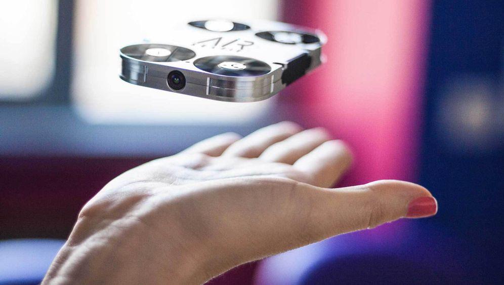 Kleine Drohnen: Fliegende Minikameras