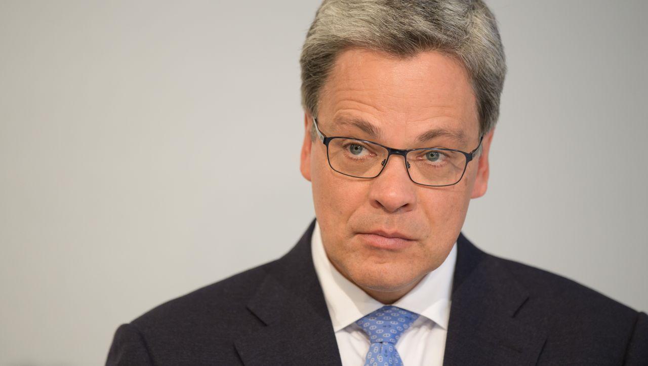 Bundesregierung begrüßt Knofs Berufung an die Commerzbank-Spitze - manager magazin - Unternehmen