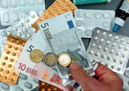 Gesundheitskosten: Für dieselben Leistungen zahlen Privatpatienten im Schnitt erheblich mehr als Kassenpatienten