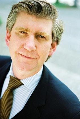 Torsten Oltmanns (44) ist Global Marketing Director bei Roland Berger und berät vor allem Kunden aus dem öffentlichen Sektor. Er ist Lehrbeauftragter für Marketing und Kommunikation an der Universität Innsbruck.