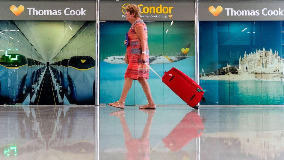 Thomas Cook, Neckermann und Öger insolvent: Der Deutsche Reiseverband DRV kritisiert Hotels, die Urlauber erneut vor Ort zur Kasse bitten wollen. Dies sei inakzeptabel - der Insolvenzversicherer Zürich übernehme die Kosten