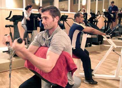 Nötiger Ausgleich: Gerade für Läufer ist Krafttraining wichtig - dazu muss man aber nicht unbedingt ins Fitnessstudio