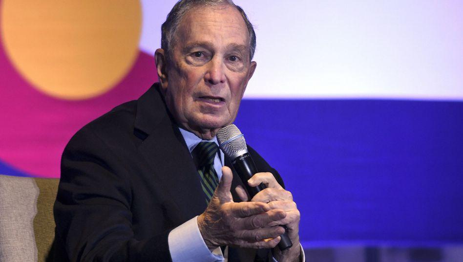 Einer der reichsten Männer der Welt und vielleicht bald US-Präsident: Michael Bloomberg hat für den Fall eines Wahlsieges den Verkauf seines Konzerns angekündigt.