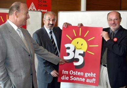 Noch herrscht traute Einigkeit: Klaus Zwickel, Jürgen Peters, Hasso Düvel (von links)