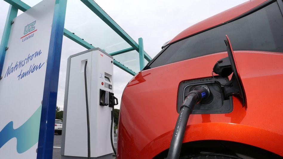 Ladestation für Elektroauto: Von einer flächendeckenden Infrastruktur kann in Deutschland noch keine Rede sein
