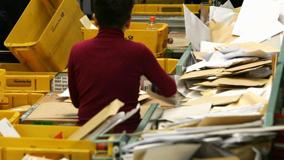Verteilerzentrum der Deutschen Post: Dumping-Vorwürfe kursieren seit Jahren