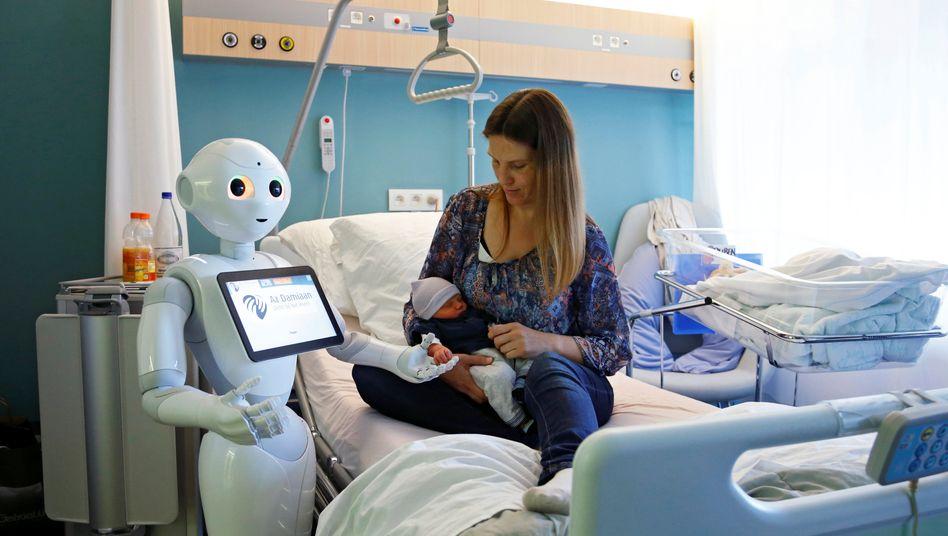 Willkommen in der neuen Welt: Ein Roboter zur Patientenbetreuung in einem Krankenhaus im belgischen Ostend.
