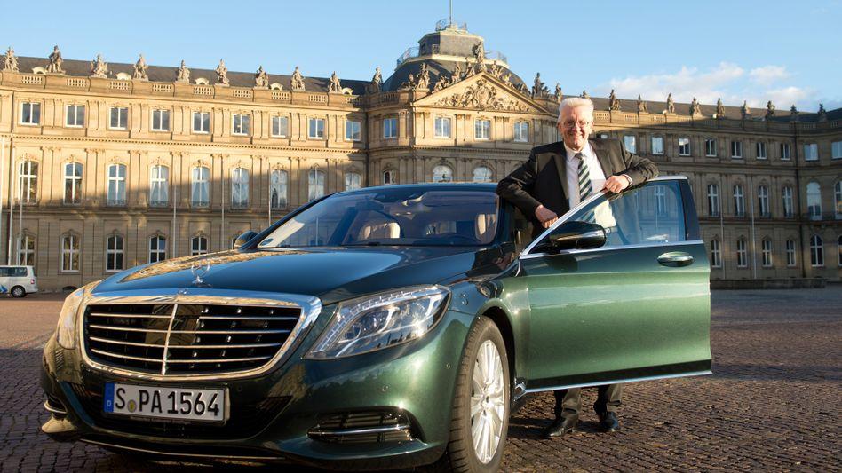 Baden-Württembergs Ministerpräsident Winfried Kretschmann (Grüne) kämpft mit Daimler für den Diesel