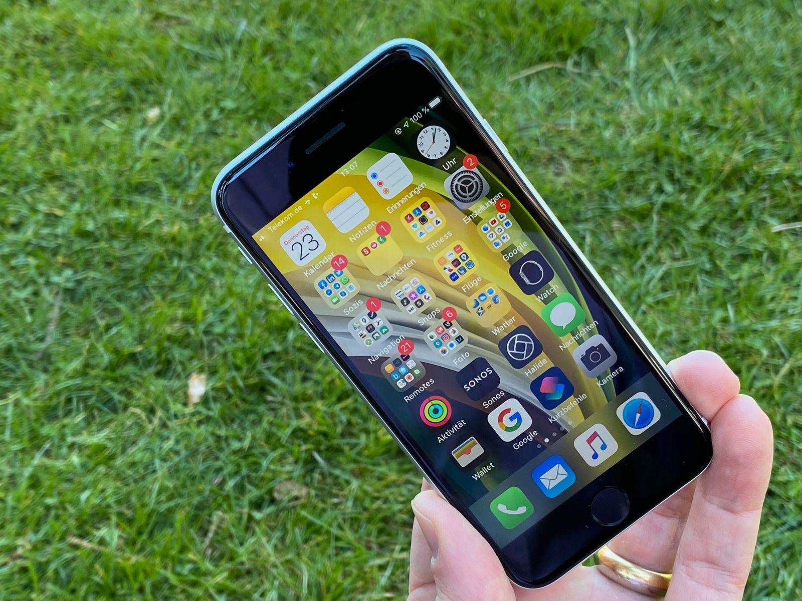 iPhone SE 2 | Display