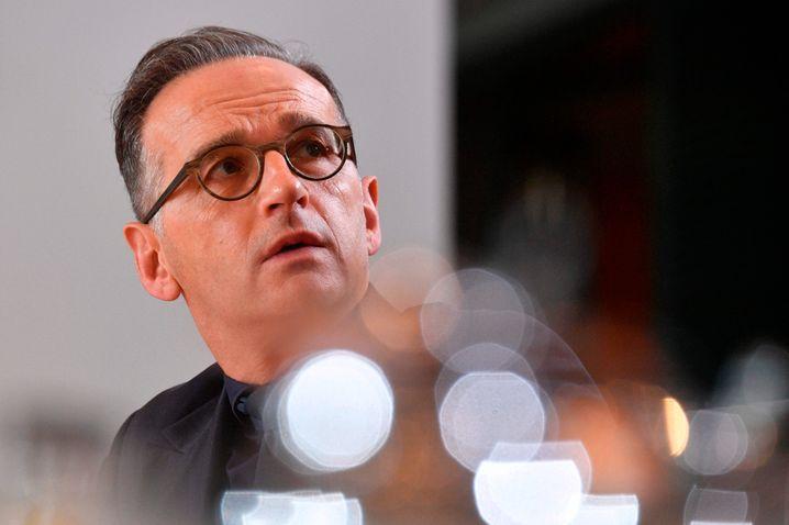 Außenminister Heiko Maas startet Rückholaktion für Deutsche - gleichzeitig wurde weltweit eine Reisewarnung ausgesprochen