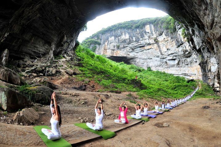 Yoga macht schön: Achten sie darauf, dass zu jeder Bewegung eine Gegenbewegung gehört