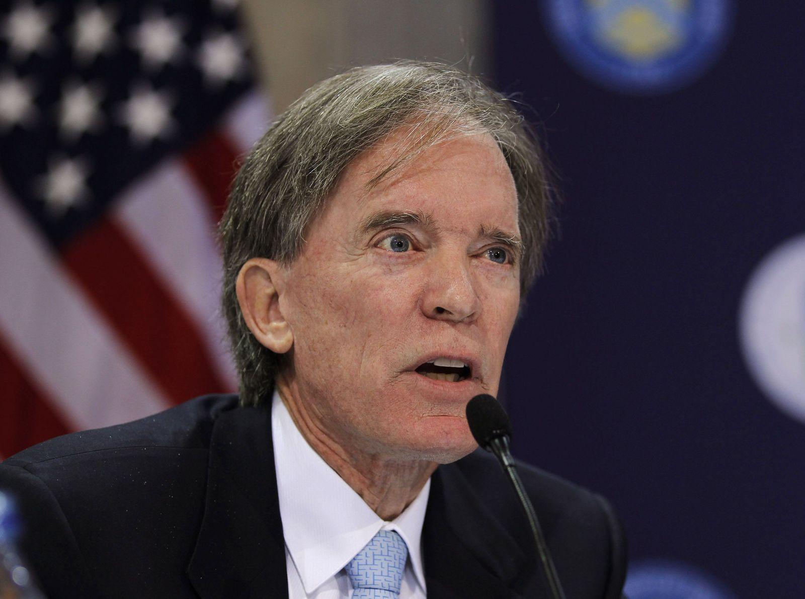 Bill Gross; PIMCO
