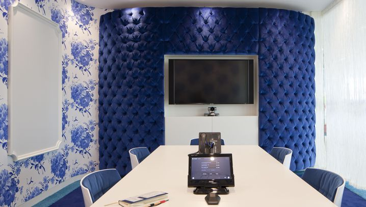Bunt statt grau: Diese Räume lassen die Meeting-Ödnis vergessen