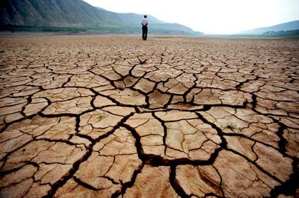 Historische Dürreperioden fast in jedem Land: Südlich von Peking trocknete ein ganzer Fluss aus