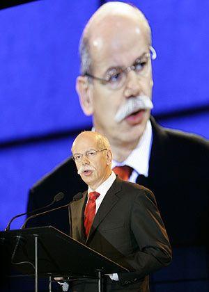 Namensstreit: Dieter Zetsche auf der außerordentlichen Hauptversammlung