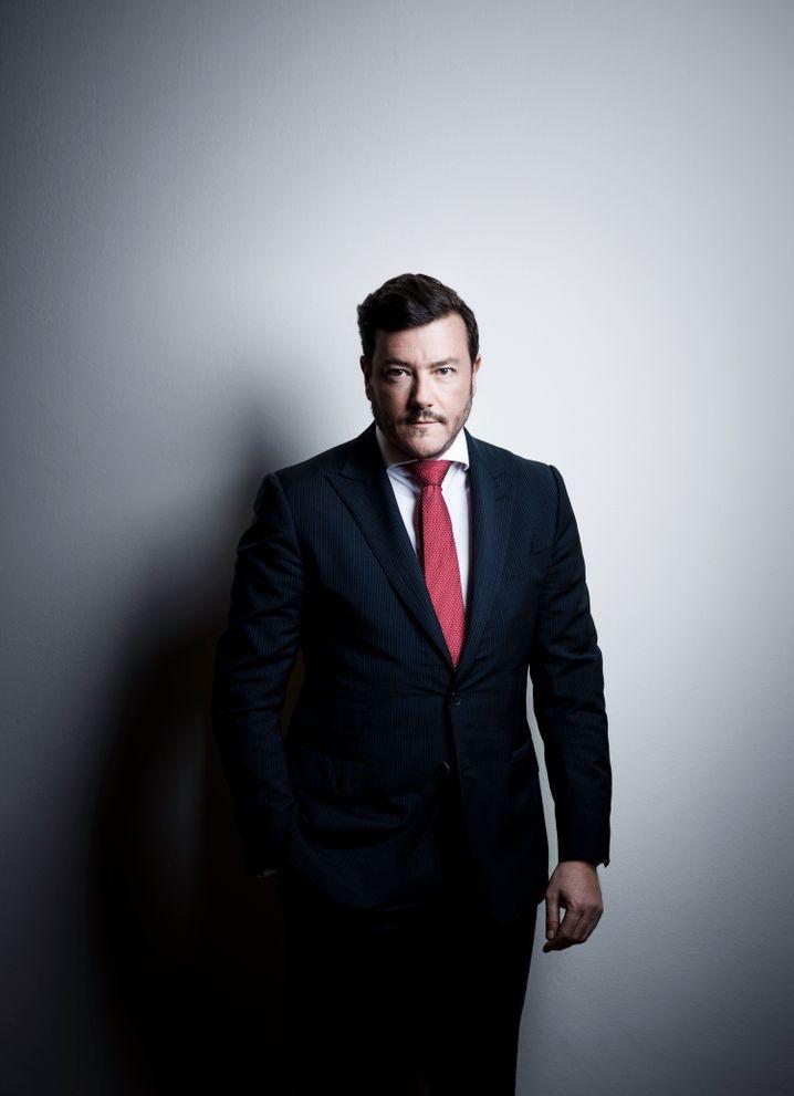 Luxus auf Pump: Unternehmer René Benko verdient sein Geld vor allem mit Immobilien, auch von der KaDeWe-Gruppe gehören ihm 100 Prozent der Häuser, aber nur knapp die Hälfte des Warenhausgeschäfts.