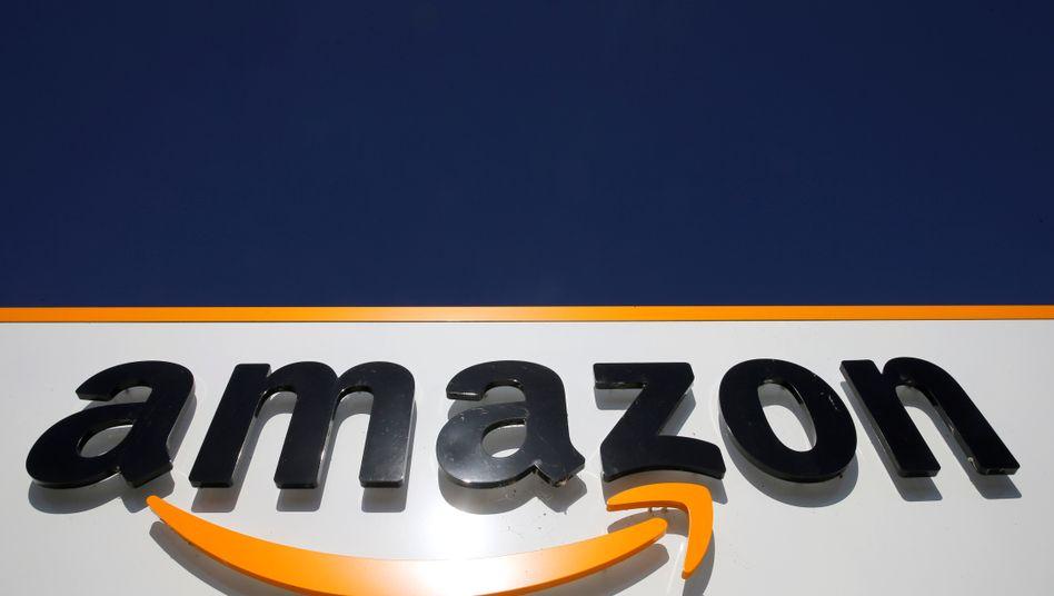Amazon-Logo: Die Arbeitsniederlegungen haben mit der Nachtschicht zum Montag begonnen und sollen mindestens 48 Stunden dauern