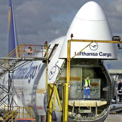 Im russischen Luftraum verboten: Lufthansa Cargo