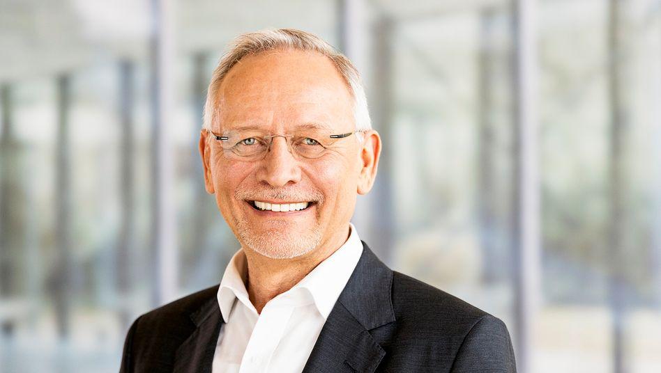 Wolfgang Grenke zieht sich erst einmal zurück