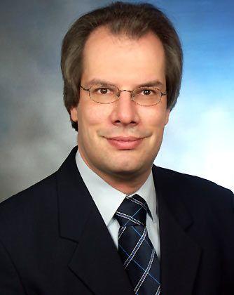 Martin Vieregg ist Geschäftsführer der Verkehrsberatung Vieregg-Rößler, die im Auftrag der bayerischen Grünen-Fraktion ein Gutachten zum Transrapid erstellt hat