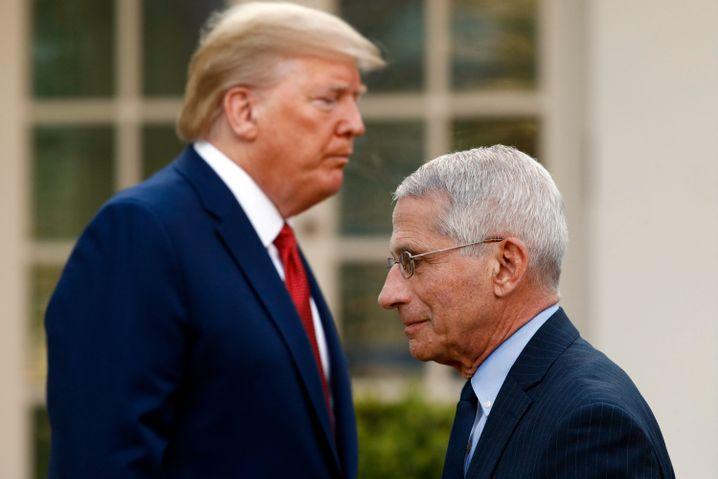 """""""Schlimmster Albtraum"""": Donald Trump reagiert gereizt auf Warnungen seines Beraters AnthonyFauci (r.)"""