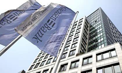 SachsenLB: Der Steuerzahler gleicht aus, was Banker verzockt haben