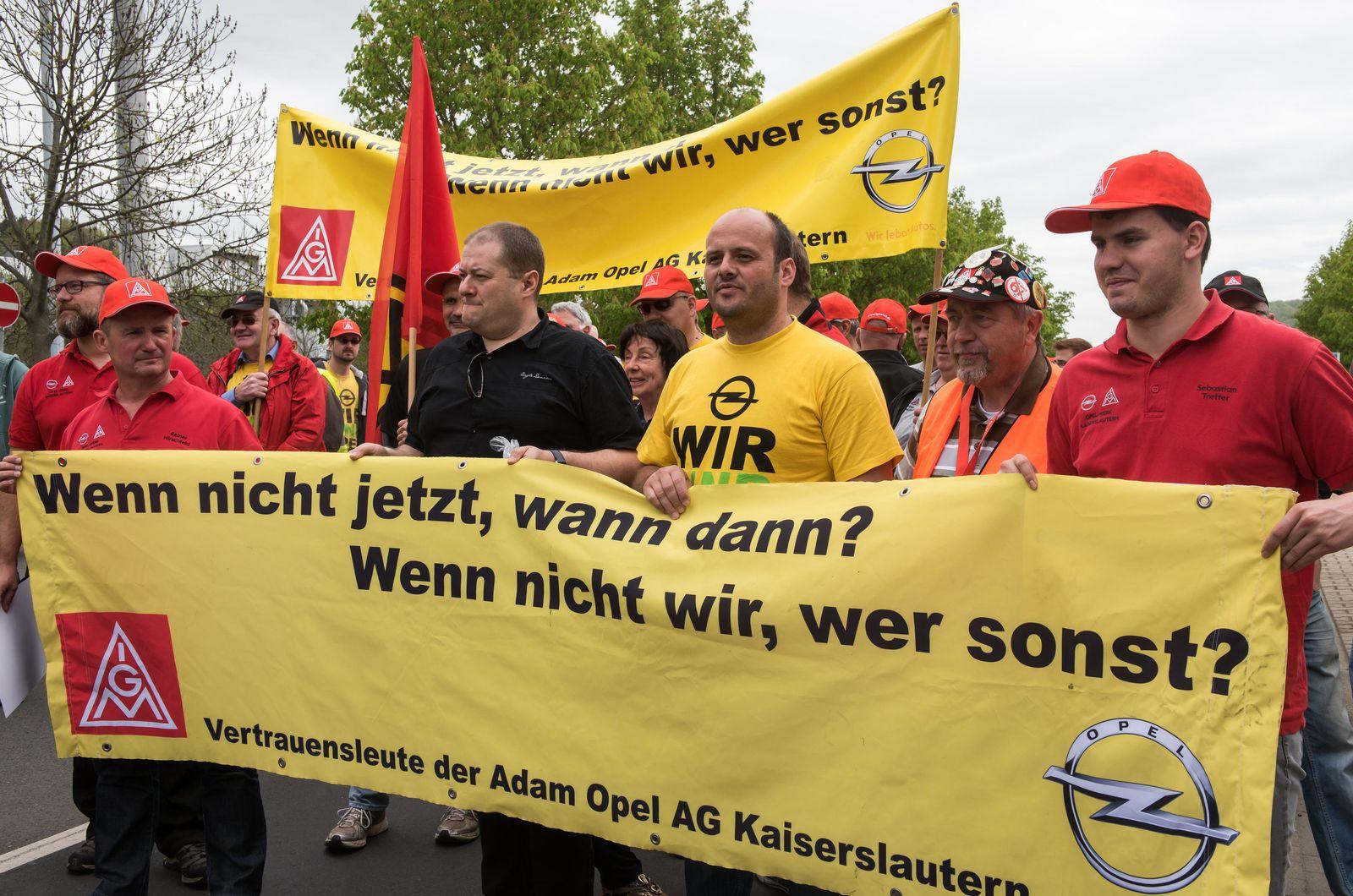 Kundgebung von Opel-Beschäftigten in Eisenach